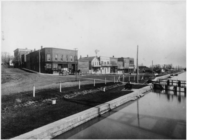 Historic View of Lakeport Avenue Buildings